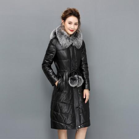 艾菲爱得进口狐狸毛领绵羊皮90白鹅绒服·黑色毛球款